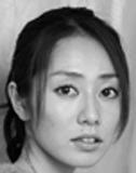グラビアアイドル・谷桃子が選出 キャバ嬢に人を幸せにする方法を学ぶ2冊