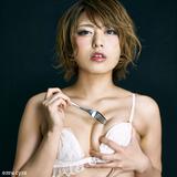 【スカートめくりを待つ女】桜井あゆ――根が裸族なので締め付けられるのが嫌。