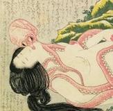 """犬に猫、牛馬に蛸、エイまで! 北斎の「蛸と海女」はタブーか? 浮世絵春画に見る""""獣姦""""の意味"""