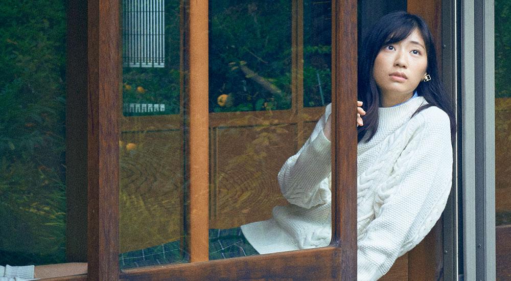 【今月の連載】彼女の耳の穴/相楽樹「ああ、私は東京で全然空を見てないな」