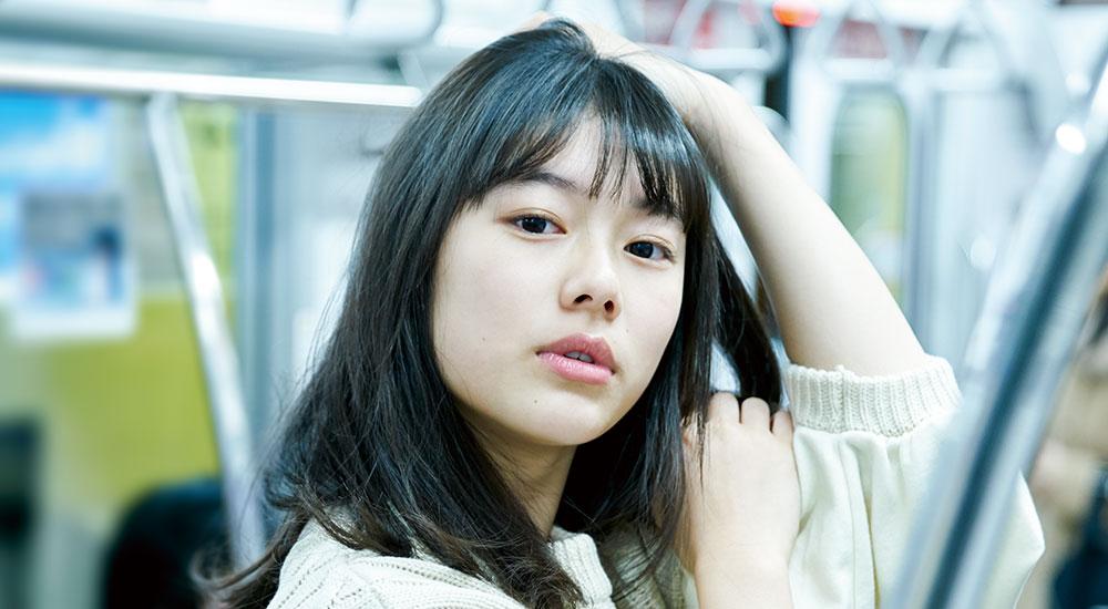 【今月のインタビュー/矢崎希菜】元祖巨乳グラビア事務所の次世代女優は、16歳の清楚系JK