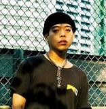 """【Hideyoshi】元""""高校生RAP選手""""は、いかに若者の心を代弁する気鋭のラッパーへと化けたのか?"""