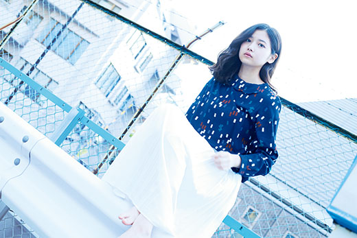 1711_Yoshidamadoka_4H2A0895_hosei_520.jpg