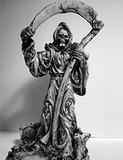 麻薬商人の神様が芸術に昇華!? 南米に広がるカルト宗教アートの実態