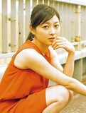 【朝倉えりか】チーズ好きの美人女優が青アザだらけになった理由とは?