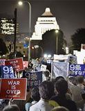 SEALDsの抗議活動に嫉妬している団塊世代よ、もう役目は終わった、ジジババ捨て山に行け!