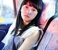 【中川可菜】パッと見で気づかれない喜び──18歳のカメレオンガール