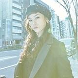 【Azumi】「スカイハイ」のイズコ役は彼女だった!? シンガー、デザイナー、女優の顔を持つ才女の素顔