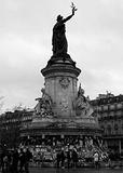 日本人観光客激減の裏に東日本大震災の影響が――パリ同時多発テロがフランス音楽に与える可能性