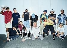 【YENTOWN】「仕事は適当、遊びは真面目に」東京で一番イケてるクリエイター集団