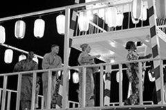 地域住民の間でも親しまれる、思い出を作る米軍基地の盆踊り
