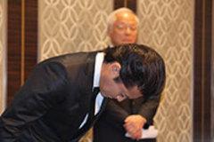 NEWSの小山慶一郎のスキャンダルにテレビはダンマリ…ワイドショーから芸能ニュースが消える日