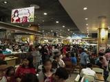 周辺国から駐在員たちが飛行機で集う! 海外の日系スーパーマーケットの実態
