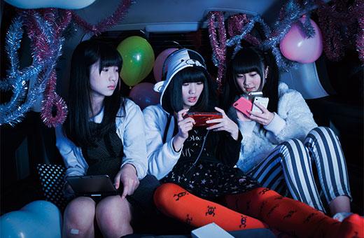 1404_idol_01.jpg